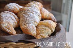 Cornetti sfogliati croissant francesi (1)