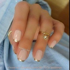 Need some nail art inspiration? Get ready for some manicure magic as we bring you the hottest nail designs from celebrities, beauty brands and the catwalks. Check out the cute, quirky, and incredibly unique nail art designs that are inspiring the hottest Gold Tip Nails, Fancy Nails, Trendy Nails, Classy Nails, Simple Nails, Chrome Nails, Simple Elegant Nails, Simple Art, Gold Sparkle Nails