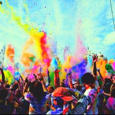 Holi in India, explosions of colour