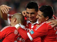 Cardozo, Benfica - Marítimo 2011/12