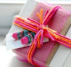 More than 75 gift-wrapping ideas
