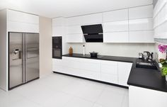 Nowoczesna biała kuchnia Luxury Kitchen Design, Kitchen Cabinets, Interior, House, Kitchens, Home Decor, Blog, Modern Kitchens, Trendy Tree