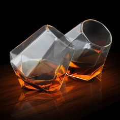 Top 10 Scotch & Whiskey Glasses Best Gift Ideas for Whiskey Lovers a09 #WhiskeyGlasses #Whiskey #WhiskeyGifts #GiftsForDad #GiftsForHim