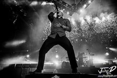 Photo by JimmyDPhotos: Brent Smith rocking a Sold-Out Covelli Centre last night in Youngstown Ohio @shinedown #shinedown