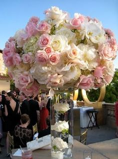 pink reception wedding flowers,  wedding decor, wedding flower centerpiece, wedding flower arrangement.  www.myfloweraffair.com can create this beautiful wedding flower look.