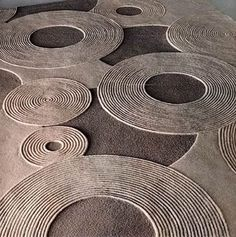 modern rugs and carpets give distinction, simplicity and originality...