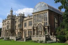 Flintham Hall and Green House Located in Nottinghamshire, England. English Manor Houses, English House, Steampunk Accessoires, British Architecture, Destinations, Castle House, Grand Homes, Grand Staircase, Cool Countries