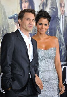 Halle Berry and her husband Olivier Martinez at the Los Angeles premiere of Cloud Atlas (2012) at Graumans Chinese Theatre in Hollywood...