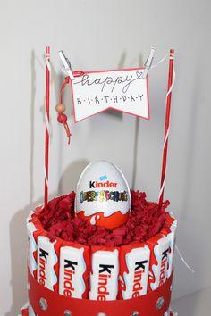 Handmade Birthday Gifts, Creative Birthday Gifts, Gift Box Birthday, Friend Birthday Gifts, Diy Birthday, Candy Bouquet Diy, Gift Bouquet, Chocolate Navidad, Chocolate Gifts