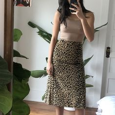 6aff6cb8616 Vintage animal print midi skirt with side split Hem needs to be fixed,  prices to
