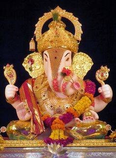 Shrimant Dagdusheth Halwai Ganpati Trust, Pune........ Durga Images, Ganesh Images, Lord Krishna Images, Ganesh Lord, Sri Ganesh, Lord Shiva, Lord Vishnu, Dagdusheth Ganpati, Ganpati Bappa