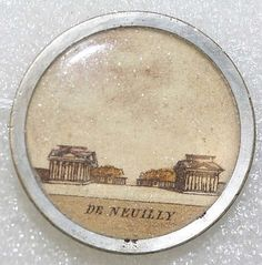 ¤ Circa 1780 French watercolor button from the collection of the Metropolitan Museum of Art