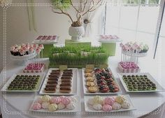 Stylish Childrens Parties: Butterfly Tea Party Birthday... now if that isn't a Martha table setting I don't know what it... it's perfect