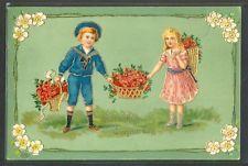 LW079 COUPLE d'ENFANTS CORBEILLE de ROSES DORURES Gaufrée Embossed