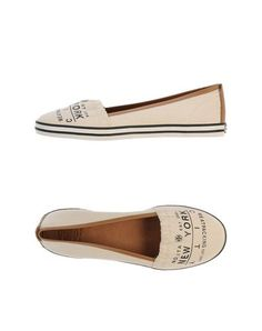 I found this great TORY BURCH Moccasins on yoox.com. Click on the image