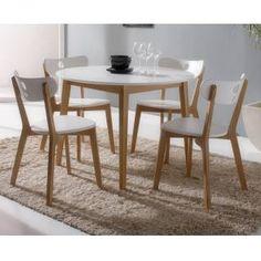 mesa cocina redonda con sillas en blanco