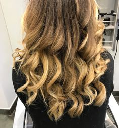 Ombre haïr and wavy hair by helene