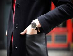 A few snaps from the What ELLE Wears shoots over the last few weeks. Larsson And Jennings Watch, European Fashion, European Style, Team Wear, Daniel Wellington, Work Wear, Watches, Womens Fashion, How To Wear