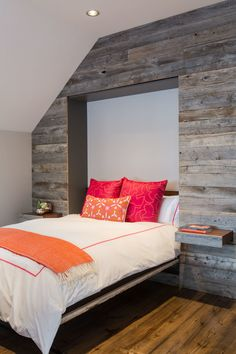 How To Turn Almost Any Space Into A Guest Room- Give that Murphy bed wall more visual interest by applying cut-to-fit boards of weathered wood or a textured or wood-look wallpaper. Source by penelope_winter - Camas Murphy, Murphy-bett Ikea, Look Wallpaper, Textured Wallpaper, Beds For Small Spaces, Small Rooms, Feature Wall Bedroom, Feature Walls, Diy Bett