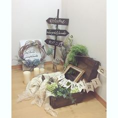 Welcome Boards, Keep It Simple, Backdrops, Wedding Flowers, Wedding Decorations, Gift Wrapping, Place Card Holders, Rustic, Bridal