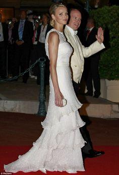 Alberto e Charlene di Monaco al gala 2 Luglio 2011 - Foto Reuters