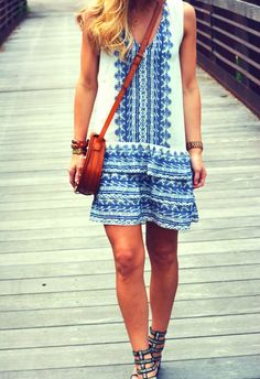 Cute summer dress! Love blue and white together! :)