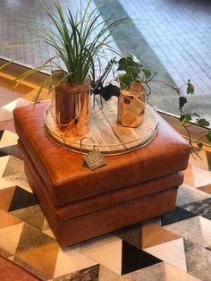 Medellín. Colombia. Tapetes de cuero en pelo African Leather, diseño exclusivo. Cowhide Rugs AfricanLeather Tapetes.  Cowhide rugs, cowhide patchwork rug, tapetes, cuero, alfombras, piel, bogota, cali, decoracion, interiores, hecho a mano, artesanal, rug.