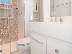 Banheiro com pastilhas de vidros!