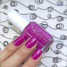 Essie The Girls are Out ==> Summer...2014 or 2013? Well, anyway: I've got all the colors in this LE collection.