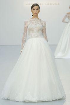 42 umwerfende Brautkleider für die Winterhochzeit – Warm eingepackt ins Eheleben…