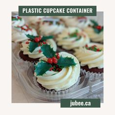 We've designed our mini plastic cupcake container with hinged lock tabs to securely seal the trays. The compartments hold your baked goods in place, keeping your delicately decorated baked goods undamaged. Perfect for small muffins, mini cupcakes, mini bundt cakes, cookies, and more! Shop now and save your cupcakes. #cupcakecontainer #cupcake #cupcakebirthday #fondantcupcake #icingcupcakes #cakeshop #bakeshop #birthday #cupcakeholder #cupcakecarriers #jubeebag #clearcupcakecontainer r Cupcake Icing, Cupcake Boxes, Box Cake, 12 Cupcakes, Fondant Cupcakes, Birthday Cupcakes, Cake Shop, Bundt Cakes