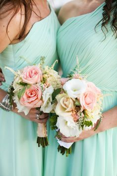 Mint bridesmaid dresses available on Weddington Way - mixed with those pinky peach flowers make this dress totally pop!