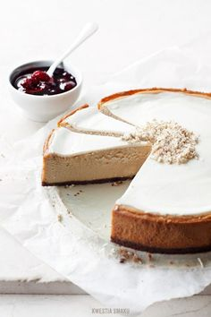 vanilla cheesecake with cherry compote