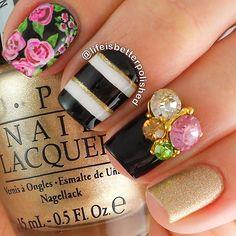 quenalbertini: Nail art design by lifeisbetterpolished Nail Art Designs, Creative Nail Designs, Creative Nails, Crazy Nail Art, Cool Nail Art, Get Nails, Hair And Nails, Nailart, Glamour Nails