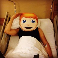 """Hediyemucidi.com hasta ziyaretinde :) """"Emoji Yastik"""" Siz de HEMEN SATIN ALIN!!! #kargobedava #emojiyastik #emoji"""