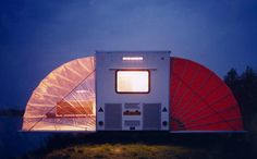 On the road, Markies looks like a regular compact travel trailer. But it expands to an impressive, winged structure when stationary. It reaches some 90 square feet when opened all the way, with just about every necessary division: a bedroom, bathroom, kitchen area, and a living room.
