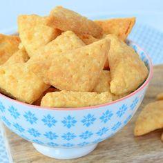 Ook zo dol op hartige snacks met kaassmaak? Maak dan zelf deze kaaskoekjes! Je…