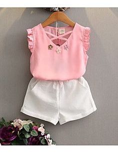 Retail Kids 2017 girls clothes summer girls clothing kids clothes girl Chiffon Solid T-shirts+shorts clothing sets years 5 Fashion Kids, Little Girl Fashion, Style Fashion, T Shirt Vest, T Shirt And Shorts, New Girl Style, Kind Mode, Summer Girls, Outfit Sets