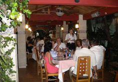 El antiguo paladar Habana Chef ha sido completamente renovado y ha cambiado su nombre a Casa Lala. Ofrece el mismo menú, pero a precios más asequibles.