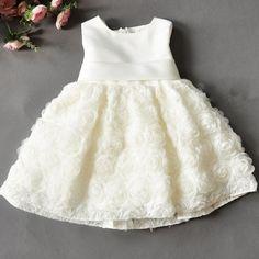 vestidos de bautismo para bebes sencillo
