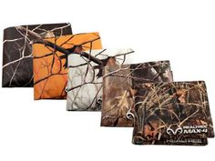 Realtree 5-Pack Tyvek Camo Wallets- this innovative design has no stitching and adjusts to a custom fit as your wallet expands. Water/tear resistant, expandable and 100% recyclable.  #Realtreecamo