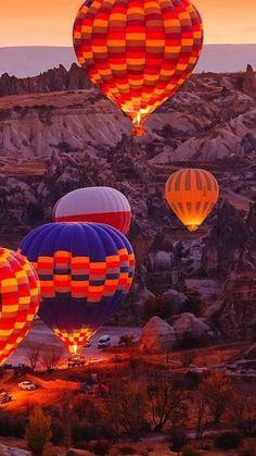Air Balloon Rides, Hot Air Balloon, Ballons Fotografie, Landscape Photography, Nature Photography, Travel Photography, Balloon Flights, Air Ballon, Adventure Is Out There