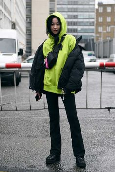 See the Best Street Style From London Fashion Week