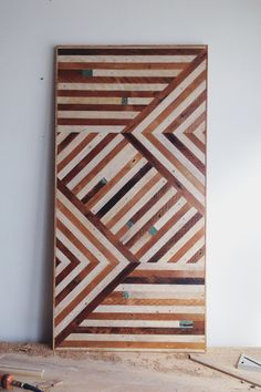 Ariele Alasko e la magia del legno. Wooden Wall Panels, Wood Wall Art, Table Chevron, Circus Theme Decorations, Got Wood, Wooden Tops, Wood Creations, Wood Patterns, Weathered Wood