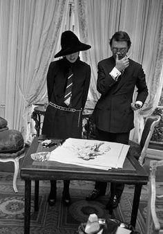 Gloria Vanderbilt Cooper and Kenneth Paul Block Marcello Mastroianni, People Photography, Photography Poses, Cannes, City Ballet, Gloria Vanderbilt, Time Capsule, City Girl, Art Studios