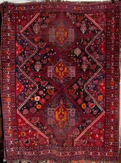 Antique Qashqai Rug – Rugs & More – iranian carpet living room Neutral Carpet, Dark Carpet, Textured Carpet, Patterned Carpet, Carpet Colors, Modern Carpet, Persian Carpet, Persian Rug, Iranian Rugs