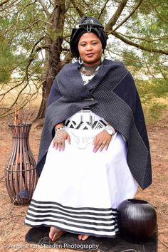 South African Traditional Dresses, Xhosa Attire, Classic Outfits, African Dress, Dress Codes, African Fashion, Plus Size Outfits, Dressing, Culture