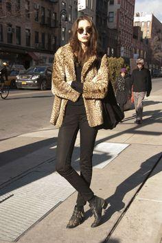 Ladies Streetstyle New York. Womenswear Fashion Style