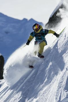 The quickest way down. Nadine Wallner at the Swatch Freeride World Tour http://win.gs/1aap8wm Image: Jeremy Bernard #skiing #freeski