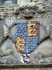 Edward III's coat of arms at Trinity College, Cambridge. The fleur de lis represent his claim to the French throne.